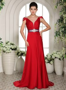 Cap Sleeves V-neck Beading and Ruche Brush Train Prom Gowns in Red