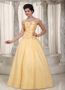 A-line Beading and Bow Accent Prom / Evening Dress in Yellow