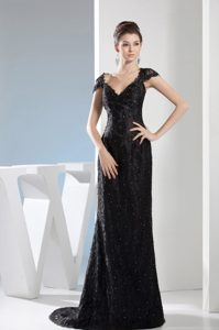 Beading Black Lace Prom Dress V-neck Design with Cap Sleeves