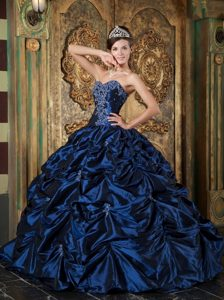 Navy Blue Ball Gown Sweetheart Quince Dresses with Beading and Picks-up