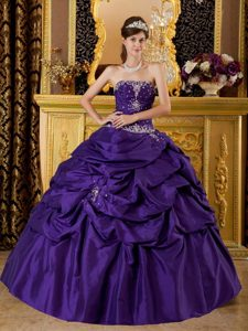 Strapless Floor-length Purple Sweet Sixteen Dresses with Appliques