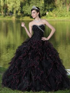 Ruffles Layered Beading Sweetheart Black Quinceanera Dresses