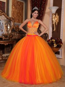 Spaghetti Straps Beading Orange Red Quinceanera Dress with V-neck