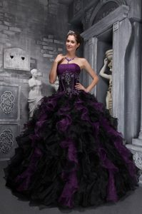 Ruffled Appliques Dark Purple and Black Quinceanera Dresses