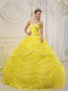 Pick Ups Beading Sweetheart Floor-length Yellow Organza Quinceanera Gowns