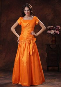 2013 New Style Hot Orange Square Prom Dress with Bowknot and Ruching