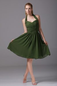 Dark Green Halter Ruched Chiffon Knee-length Prom Homecoming Dress