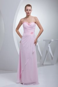 Stylish Ruched Baby Pink Chiffon Prom Gowns Beaded under 200