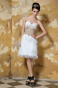 White Knee-length Satin Sweetheart Feather Beaded Prom Dress