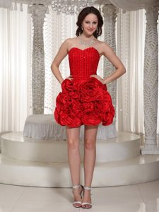 Mini-length Red Sweetheart Prom Dress With Hand Made Flowers