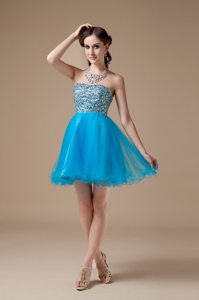 Mini-length Teal A-line Strapless Organza Prom Gown with Beads