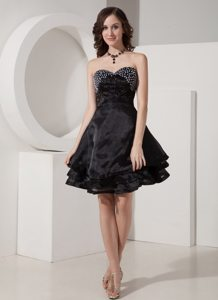Black Sweetheart Mini-length A-Line Organza Beaded Prom Gown