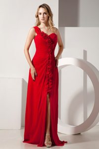 Red One Shoulder Hand Made Flowers Evening Prom Dress with Ruffles
