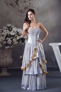 Ruffled Layers Grey Ruched Prom Celebrity Dresses with Beading