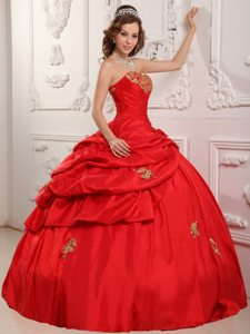 Red Sweetheart Appliques Pick Ups Taffeta Cool Back Quinceanera Dress