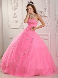 Rose Pink Sweetheart Appliques Layered Tulle Puffy Quinceanera Dress