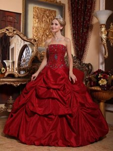 2013 On Sale Wine Red Quinceanera Dress with Beading Pick Ups