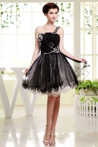 Cheap Appliqued One Shoulder Mini Length Prom Little Black Dress