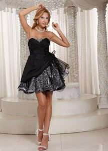 Customized Leopard Print Sweetheart Puffy Little Black Dresses
