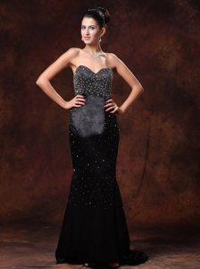 Sweetheart Brush Train Beaded Black Long Prom Celebrity Dress
