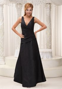 V-neck Ruched Black Prom Evening Dress in North Yorkshire