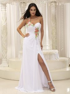 Brush Train One Shoulder Prom Dress with Slit and Appliques