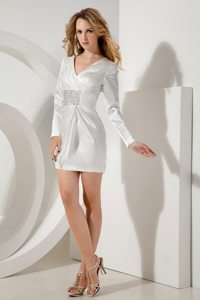 White V-neck Prom Bridesmaid Dress Beading Long Sleeves Mini-length