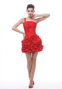 One Shoulder Hand Made Flowers Ruched Red Prom Cocktail Dresses