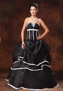 Slot Strapless Black Prom Gowns with White Embellishments