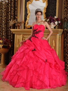 Appliqued and Ruffled Organza Quinceanera Dresses in Coral Red