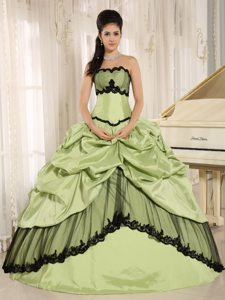 Vacaville CA Appliques Accent Quinceanera Dress in Yellow Green