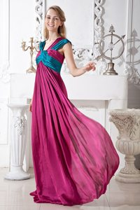 Two-toned Ruched Prom Dresses with Asymmetrical Neck