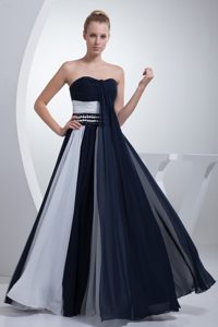 Exquisite Navy Blue and White Ruched Prom formal Dresses