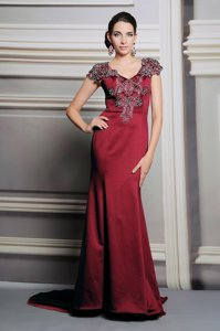 Smart Satin V-neck Short Sleeves Court Train Side Zipper Appliques Prom Party Dress in Burgundy