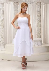 Ruched White Strapless Chiffon Prom Maxi Dresses of Tea Length