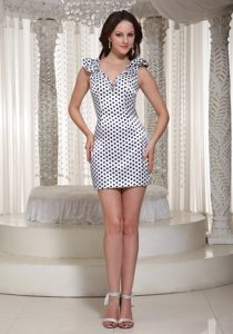 White and Black V-neck Mini Prom Bridesmaid Dress with Polka Dots