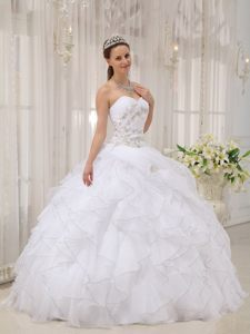 Ruffles and Appliqued White Quinceanera Dresses of Sweetheart