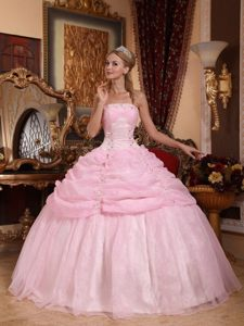 Tasty Pink Ruffled Dresses for a Quince Beaded Appliques Strapless