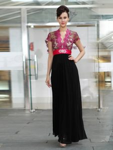Red And Black Zipper V-neck Appliques and Ruching Homecoming Dress Chiffon Short Sleeves