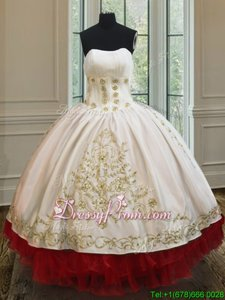 Best White and Red Ball Gowns Organza and Taffeta Strapless Sleeveless Beading and Embroidery and Ruffled Layers Floor Length Lace Up Quinceanera Gown
