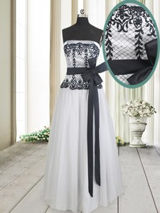 White And Black Zipper Strapless Lace and Bowknot Prom Dresses Tulle Sleeveless