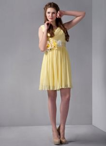 Yellow Organza Dama Dress for Quince with Straps and Hand-made Flower