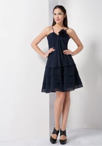 Navy Blue A-line Dama Dress with Spaghetti Straps and Hand-made Flower