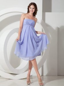 Simple Lilac Chiffon Dama Dress with Strapless Neckline and Beading