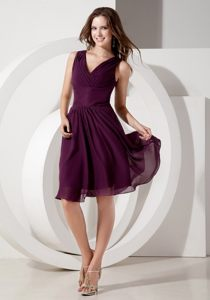 V-neck Empire Chiffon Short Beaded Dama Dress in Dark Purple