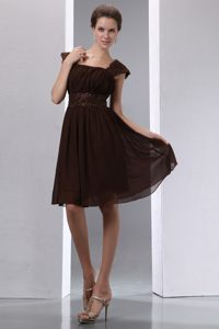 Brown Square A-line Chiffon Knee-length Dama Dress with Beading
