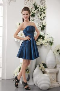 Taffeta Navy Blue Strapless A-line Short Ruched Dama Dress 2013