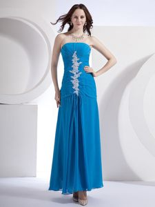 Appliques Ruched Strapless Blue Chiffon Prom Homecoming Dresses