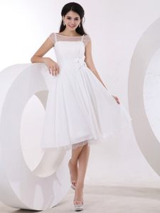 Hand Made Flowers Bateau Neck White Knee-length Dresses For Prom Court