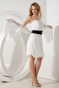 Black Sash and Pleats Accent White Chiffon Prom Evening Dresses